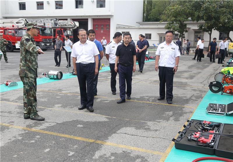 锦州市委常委、常务副市长任军一行来盘考察安全生产工作...